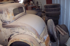 1932_Ford_3_window_rear_barn_find